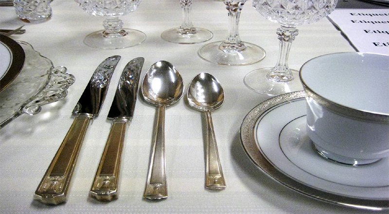 flatware,etiquette